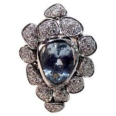 18 Karat White Gold 7 Carat Aquamarine Ring with 1.5 Carat of Diamonds