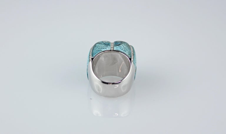 18 Karat White Gold Acquamarine Diamonds Ring  For Sale 6