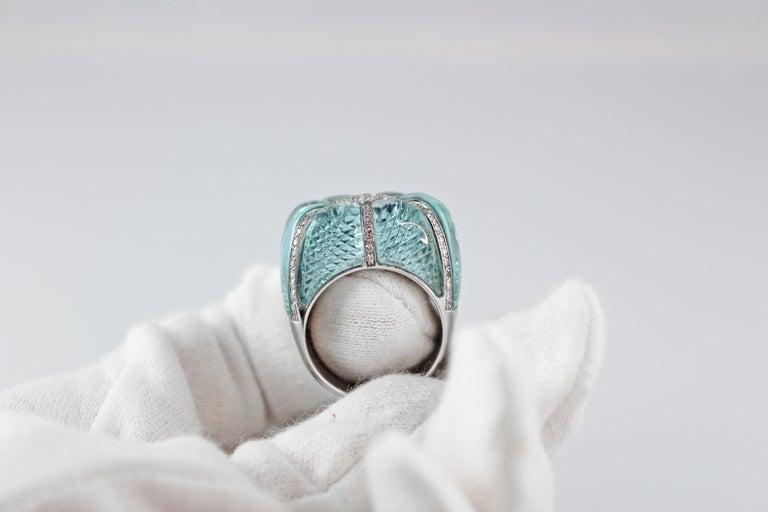 Women's 18 Karat White Gold Acquamarine Diamonds Ring  For Sale