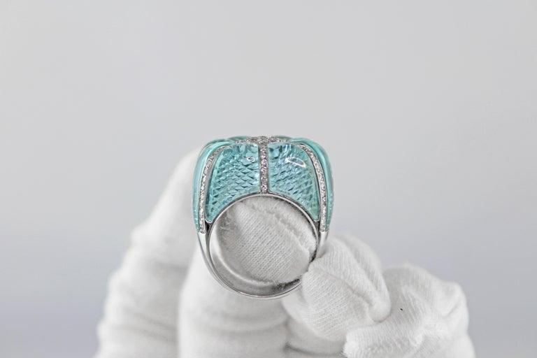 18 Karat White Gold Acquamarine Diamonds Ring  For Sale 3