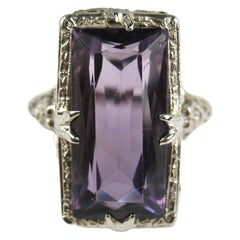 18 Karat White Gold Amethyst Art Deco Ring, 1920s