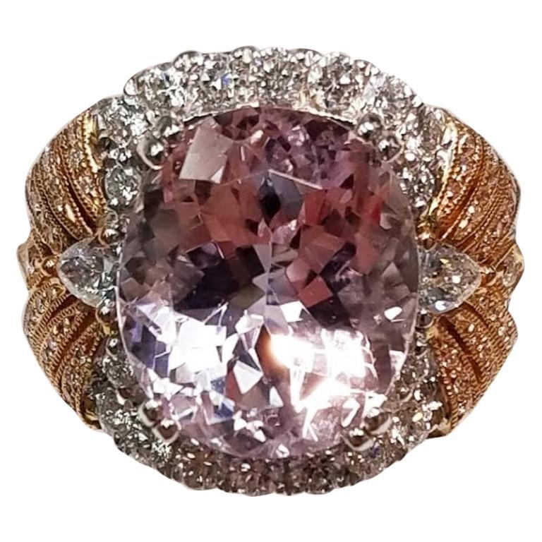 18 Karat White Gold and 18 Karat Rose Gold Oval Cut Kunzite and Diamond Ring