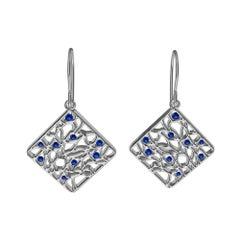 18 Karat White Gold and Blue Sapphire Seaweed Dangle Earrings