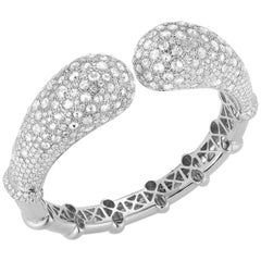 18 Karat White Gold and Diamond Bangle Bracelet