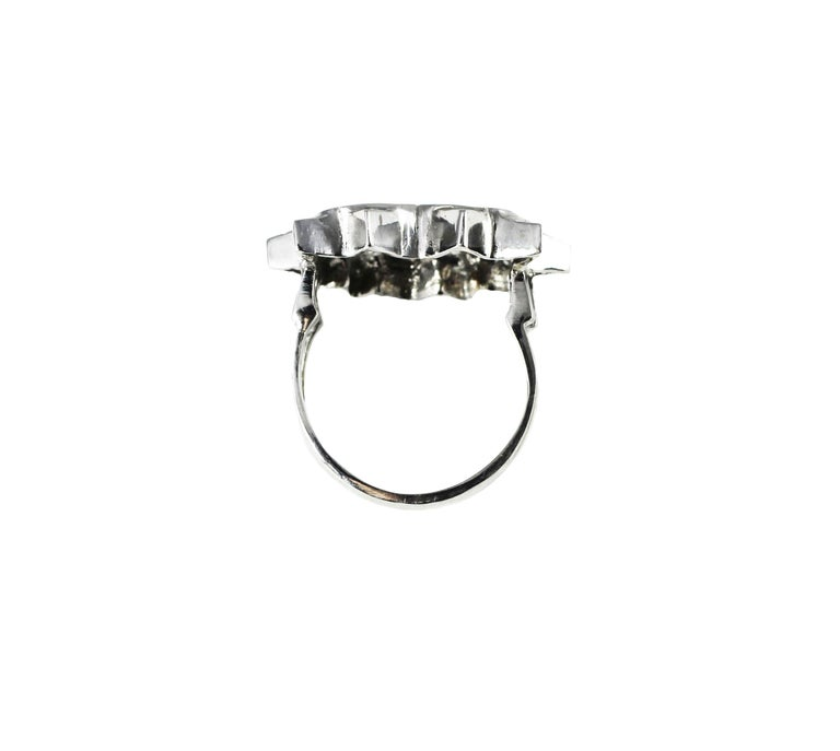 Round Cut 18K White Gold and Diamonds Heart Shape Engagement Cocktail Contemporary Ring  For Sale