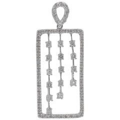 18 Karat White Gold and Diamonds Pendant / Necklace