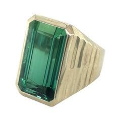 18 Karat White Gold and Green Tourmaline Signet Ring