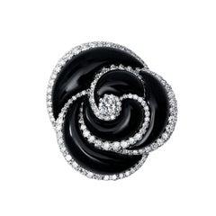 18 Karat White Gold and Onyx and Diamond Ring