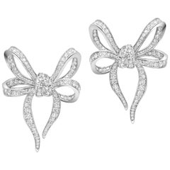 18 Karat White Gold and White Diamonds Bow Earrings