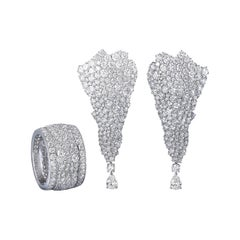 18 Karat White Gold and White Diamonds Earrings and Cocktail Ring