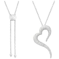 18 Karat White Gold and White Diamonds Heart Shaped Pendant