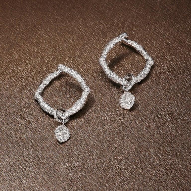 Contemporary 18 Karat White Gold and White Diamonds Hoop Earrings