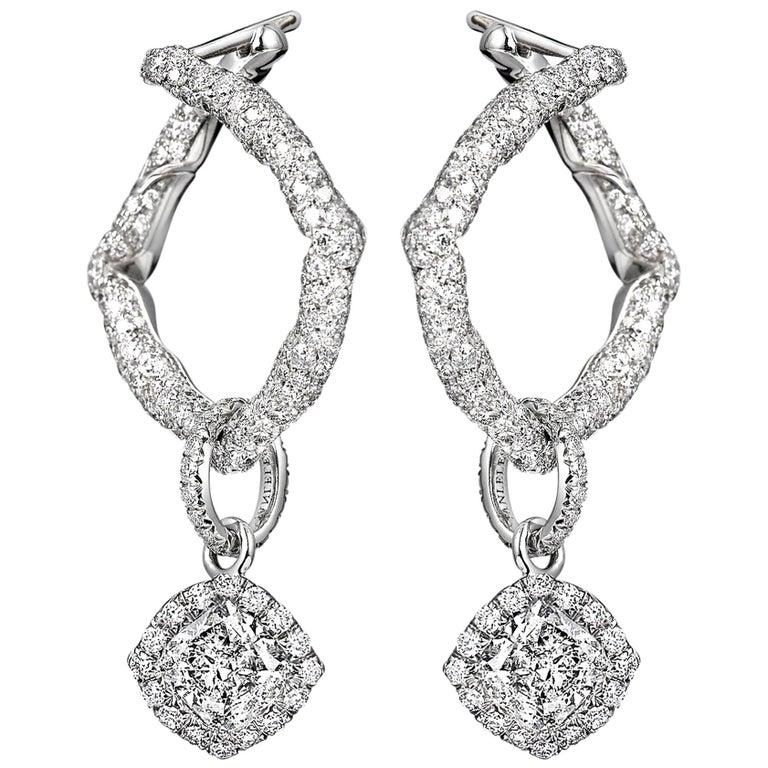 18 Karat White Gold and White Diamonds Hoop Earrings