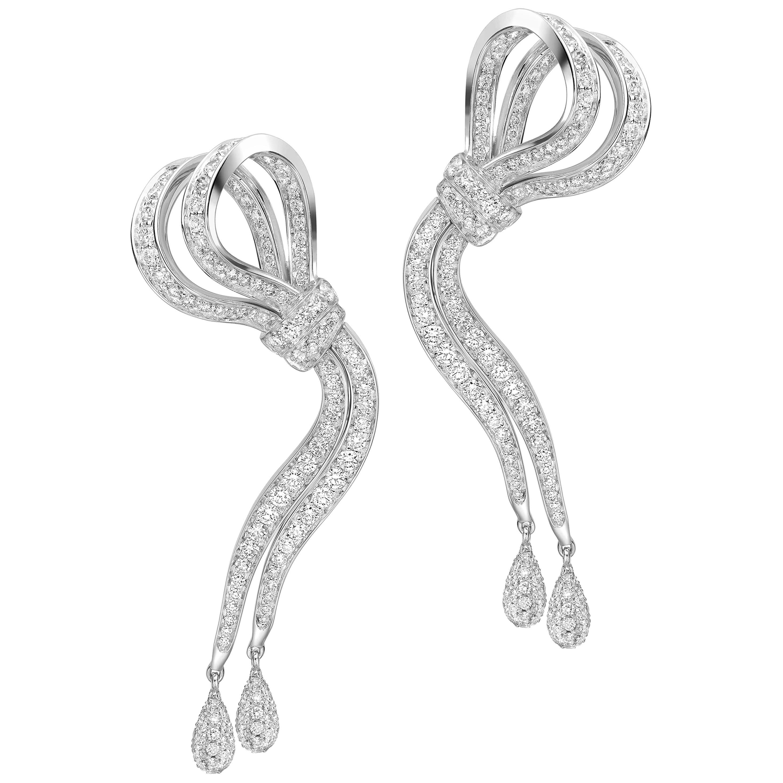 18 Karat White Gold and White Diamonds Ribbon Earrings