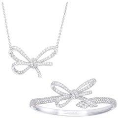 18 Karat White Gold and White Diamonds Pendant and Cuff Bracelet