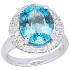 18 Karat White Gold Aquamarine Cocktail Ring