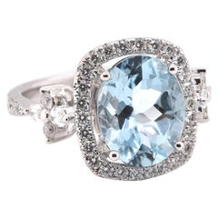 18 Karat White Gold Aquamarine Diamond Ring