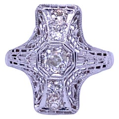 18 Karat White Gold Art Deco Filigree Diamond Ring, circa 1930s