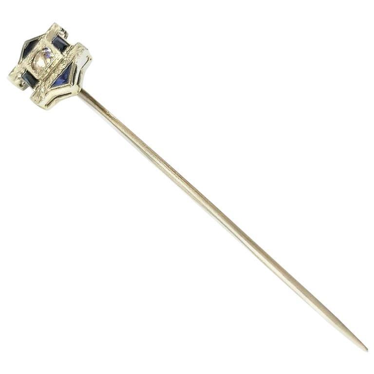 18 Karat White Gold Art Deco Style Pin Diamond and Sapphire