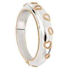 18 Karat White Gold Bangle