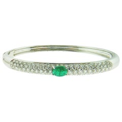 18 Karat White Gold Bangle with Emerald and Diamonds