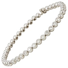 18 Karat White Gold Beaded 2.00 Carat Round Brilliant Cut Diamond Bracelet
