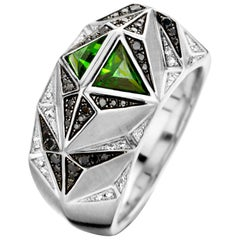 18 Karat White Gold, Black and White Diamond and Tourmaline Carioca Ring