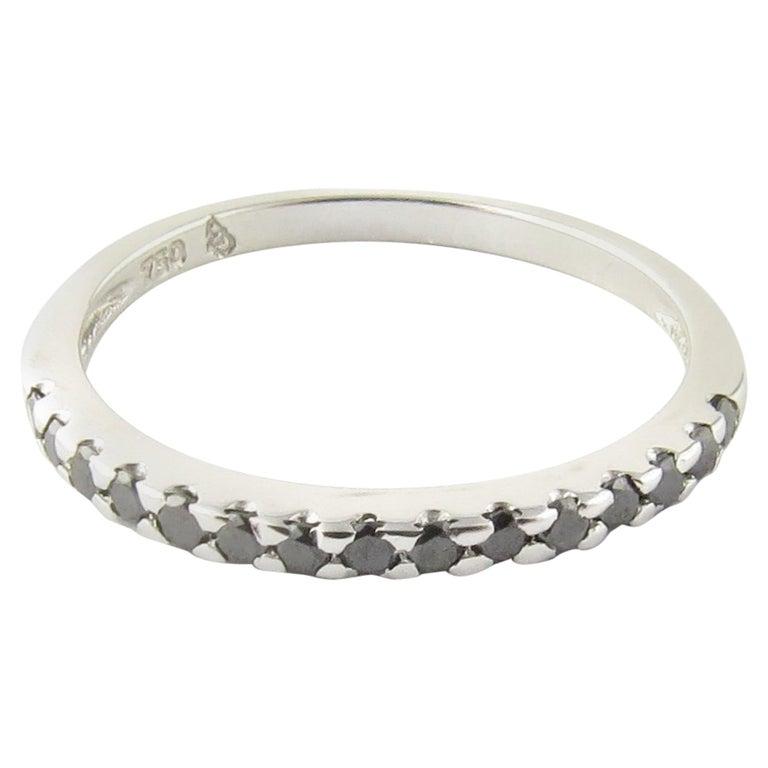 18 Karat White Gold Black Diamond Ring For Sale