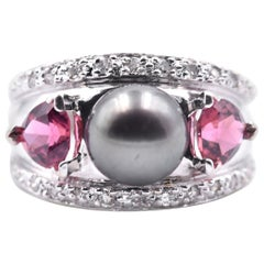 18 Karat White Gold Black Pearl with Trillion Pink Tourmaline and Diamond Ring