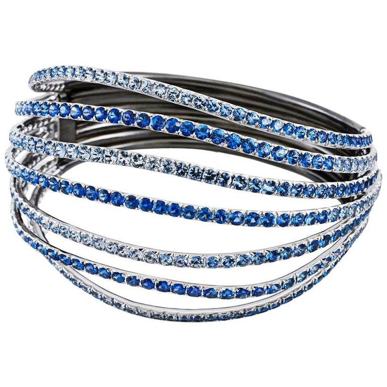 18 Karat White Gold Blue Sapphires Bangle Aenea Jewellery For Sale