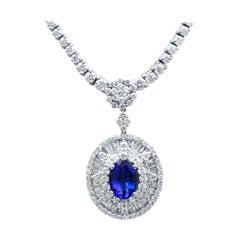 18 Karat White Gold Blue Tanzanite and Diamonds Drop Necklace