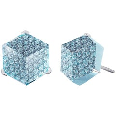 18 Karat White Gold Blue Topaz 6.77 Carat and Diamond Brillante Valentina Studs