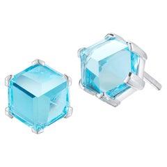 18 Karat White Gold Blue Topaz Brillante Valentina Stud Earrings