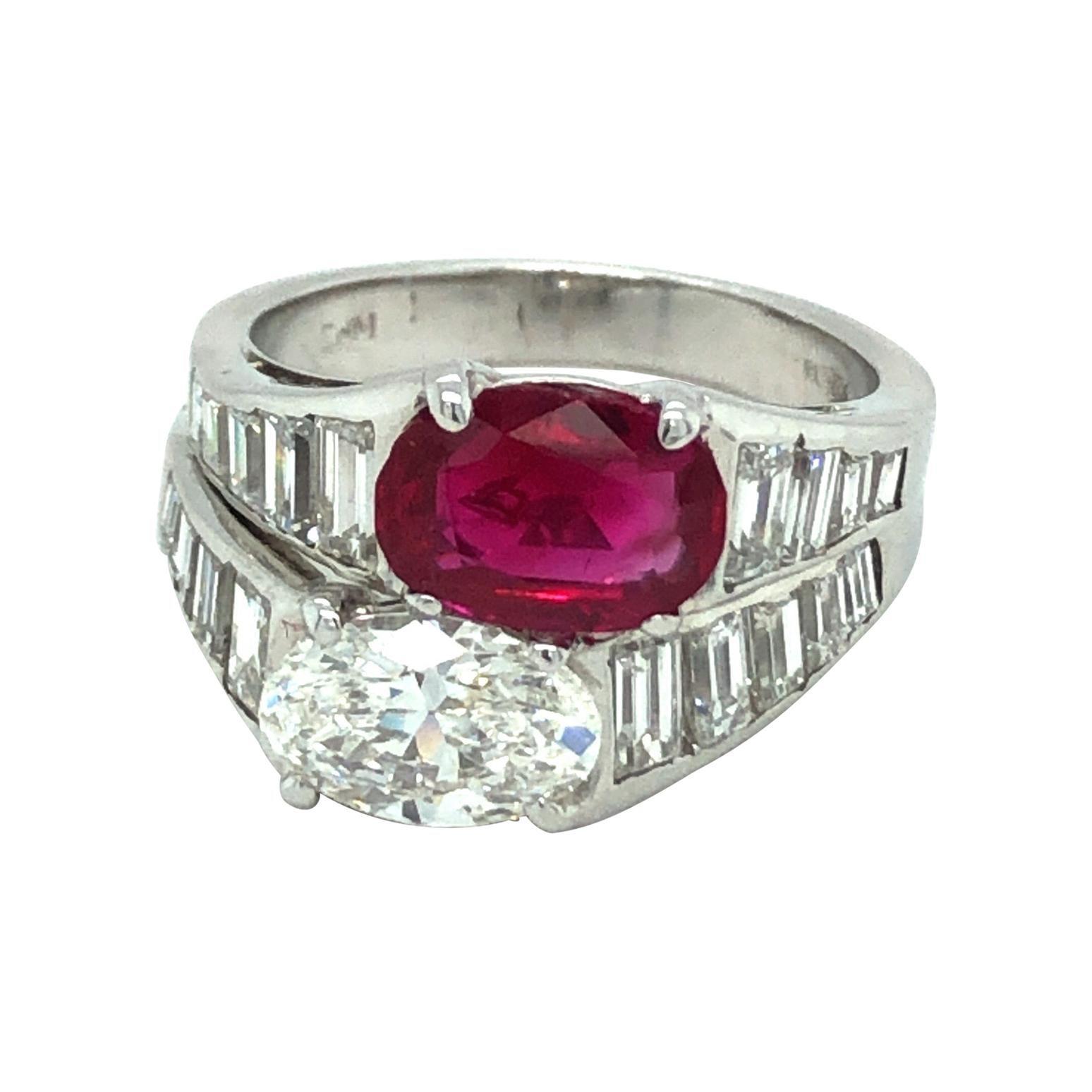 18 Karat White Gold Burma Ruby Diamond Toi et Moi Ring