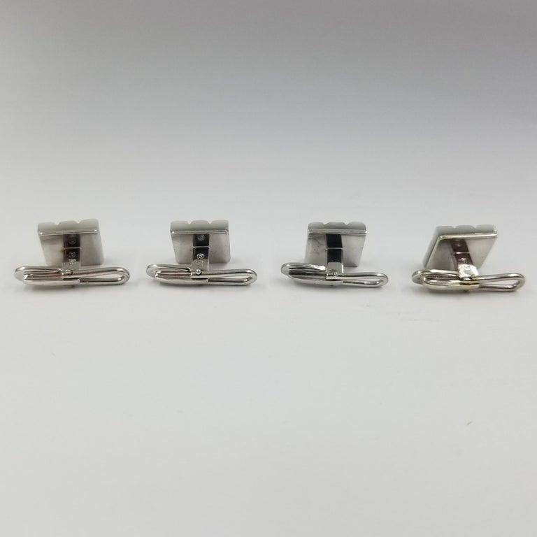 18 Karat White Gold Carved Mother of Pearl and Diamond Tuxedo Shirt Studs In Good Condition For Sale In Coral Gables, FL