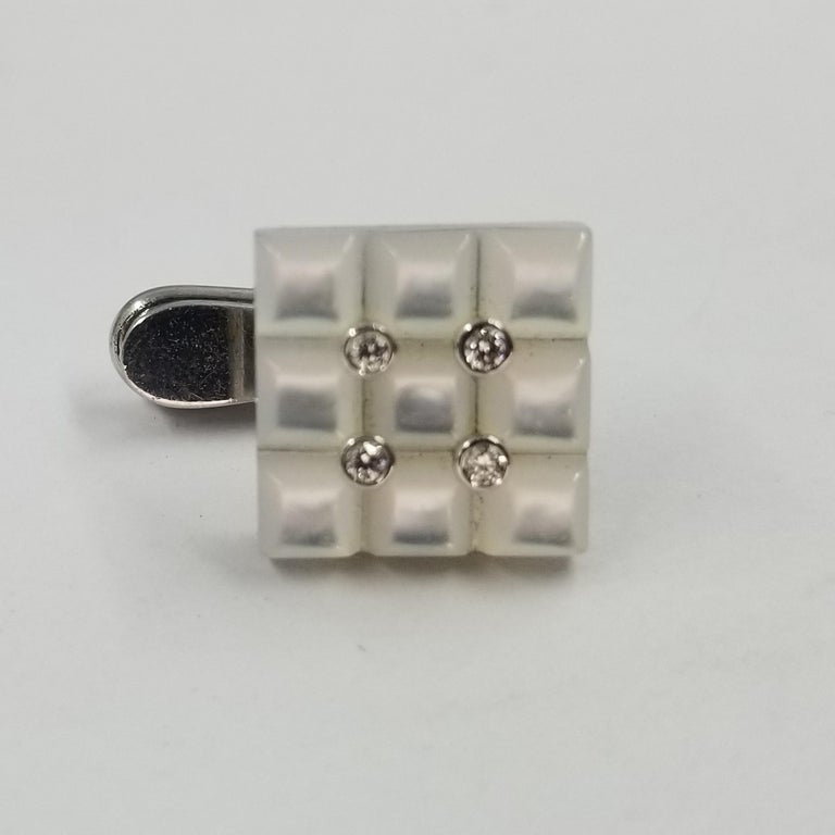 18 Karat White Gold Carved Mother of Pearl and Diamond Tuxedo Shirt Studs For Sale 2