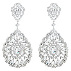 18 Karat White Gold Chandelier Diamond Earrings, 15.01 Carat