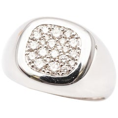 18 Karat White Gold Chevaliere Ring Paved with White Diamonds Color F/G