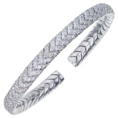18 Karat White Gold Chevron Diamond Bangle Bracelet