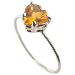 18 Karat White Gold Citrine Quartz Yellow Heart Cocktail Italian Romantic Ring