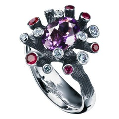 18 Karat White Gold Cocktail Ring with 1.15 Carat Amethyst Diamonds and Rubies