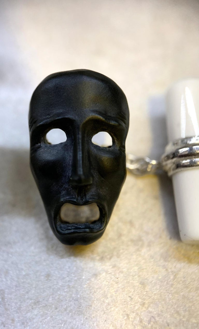 18 Karat White Gold Comedy and Tragedy Theater Masks in Onyx and Agate Cufflinks In New Condition For Sale In Milano, IT