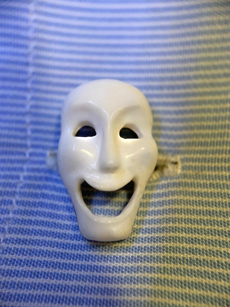 18 Karat White Gold Comedy and Tragedy Theater Masks in Onyx and Agate Cufflinks For Sale 2