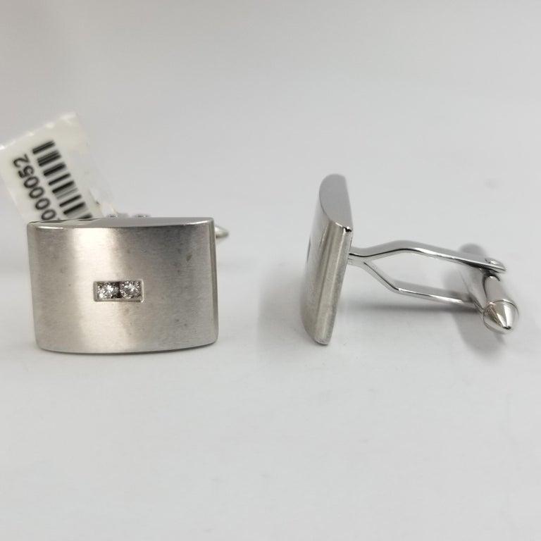 Round Cut 18 Karat White Gold Curved Diamond Cufflinks For Sale