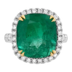 18 Karat White Gold 9.23ct Cushion Green Natural Emerald Diamond Halo Ring