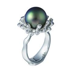 18 Karat White Gold Dark Tahitian Pearl and 0.46 Carat Diamonds Cocktail Ring