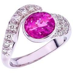 18 Karat White Gold Diamond and Fine 2.28 Carat Pink Sapphire