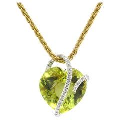 18 Karat White Gold Diamond and Heart Shaped Peridot Pendant