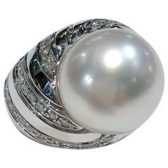 18 Karat White Gold Diamond and Pearl Ring