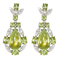 18 Karat White Gold Diamond and Peridot Dangle Earrings
